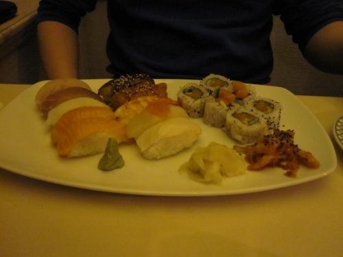 Jeg har spist fisk (fortsatt på restaurant). Mmmm, sushi!